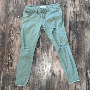 RSQ jeans Baja ankle size 7 olive green